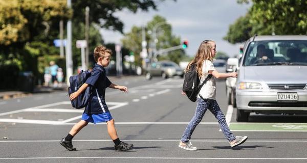 Trẻ em Đức có thể tự lập được rất sớm - Cách nuôi dạy trẻ của người Đức