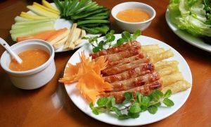 Nem nướng Nha Trang - món ăn vặt hấp dẫn