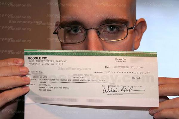 Kiếm tiền trên mạng và kết quả là tấm séc trên $132k của Shoe Money