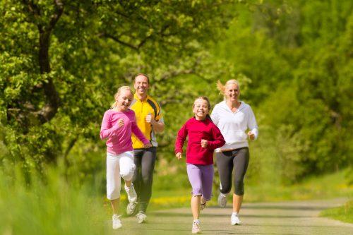 Sinh hoạt lành mạnh giúp bé khỏe mạnh hơn