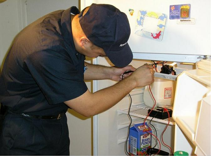 Điện lạnh Đức Hưng cung cấp dịch vụ sửa chữa tại Hoàng Mai