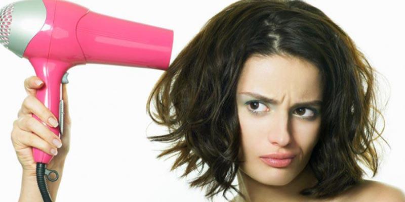 Lựa chọn và sử dụng máy sấy tóc phù hợp