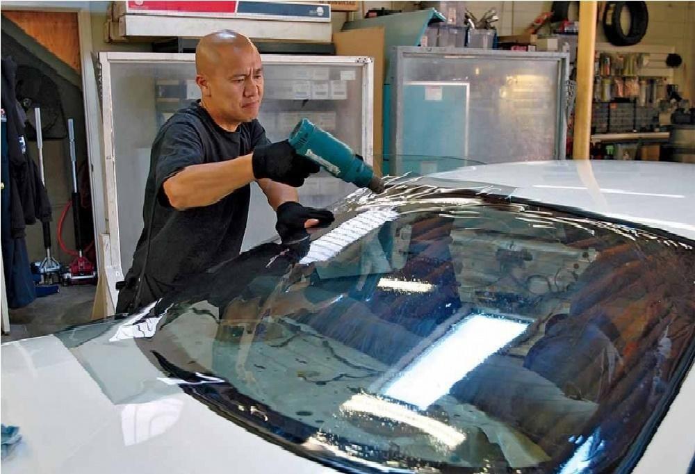 Nên chủ động dán phim cách nhiệt cho xe để bảo vệ cho cả xe và người sử dụng