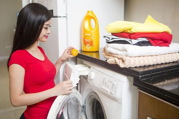 Tư vấn cách cho nước xả vào máy giặt Toshiba