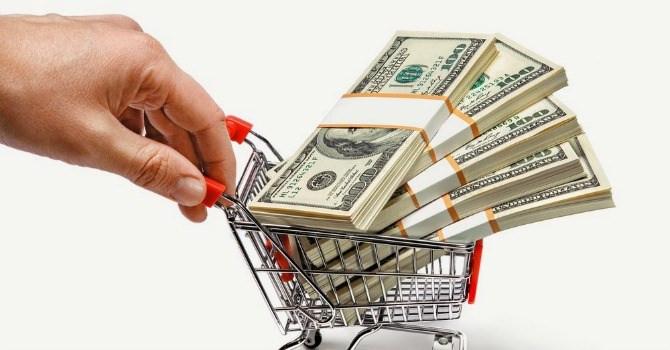 Chọn mua một chiếc túi xách phù hợp với khả năng tài chính của bản thân
