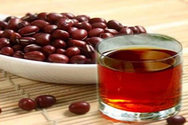 Sử dụng nước đậu đỏ mỗi ngày có tốt hay không?