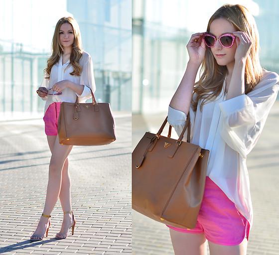 Chọn mua chiếc túi mình ưng ý nhất, muốn ngắm nhìn và sử dụng nhất